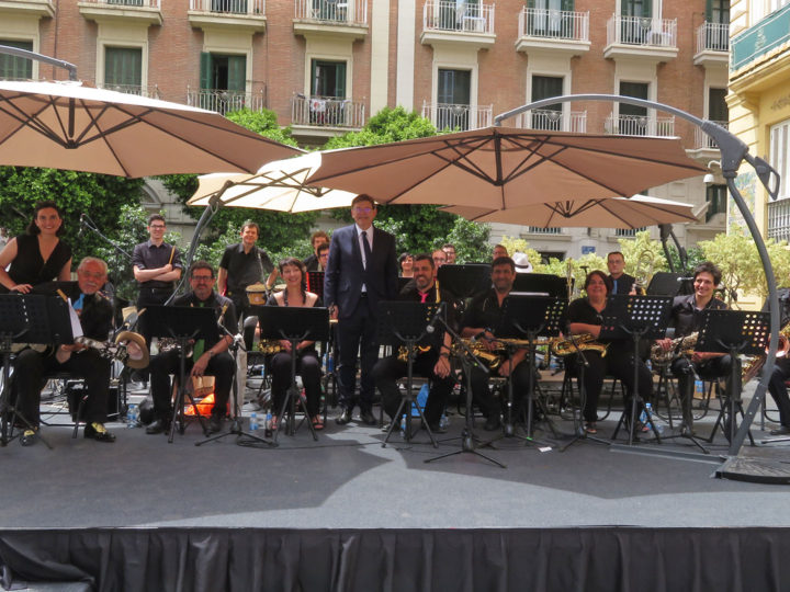 La Benimaclet Big Band del CIM a la presa de possessió del President de la Generalitat, diumenge 16 de juny de 2019, plaça de Manises,12.00 h